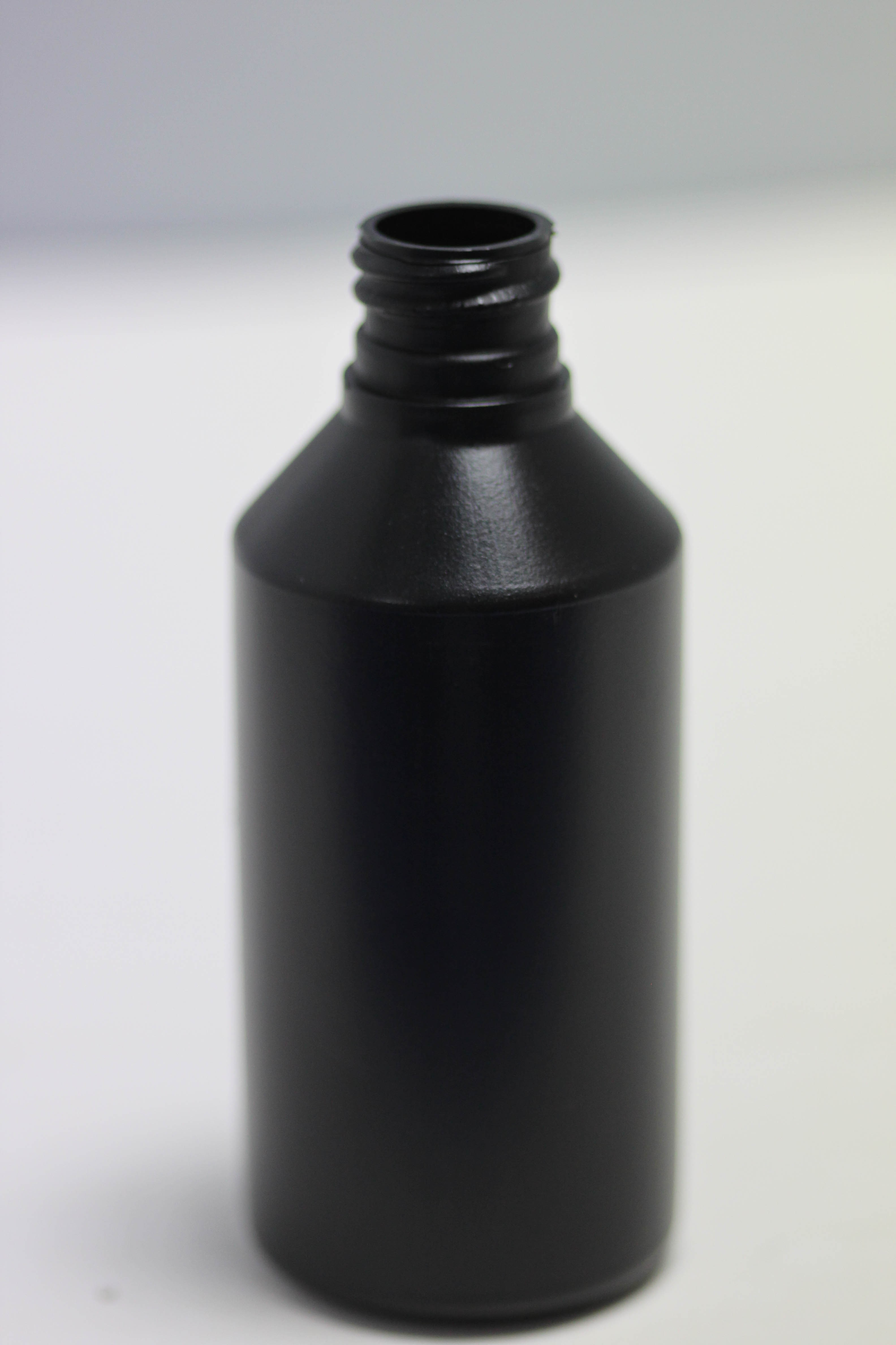 100ml SWIPE BLACK HDPE 20mm 410