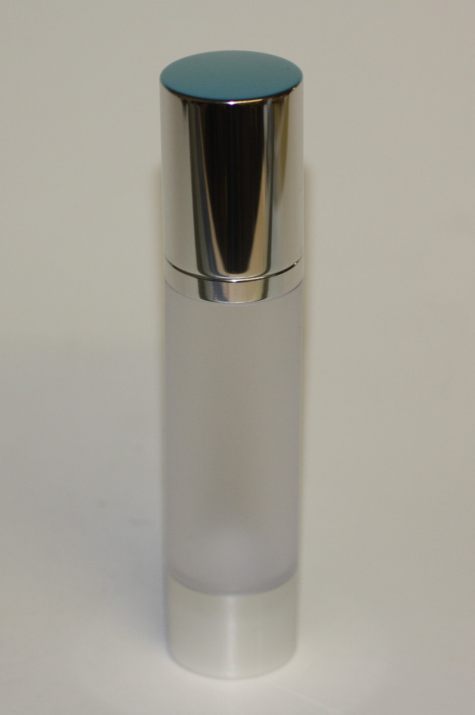 50ml AIRLESS SILVER TOP & BASE FROSTED BODY