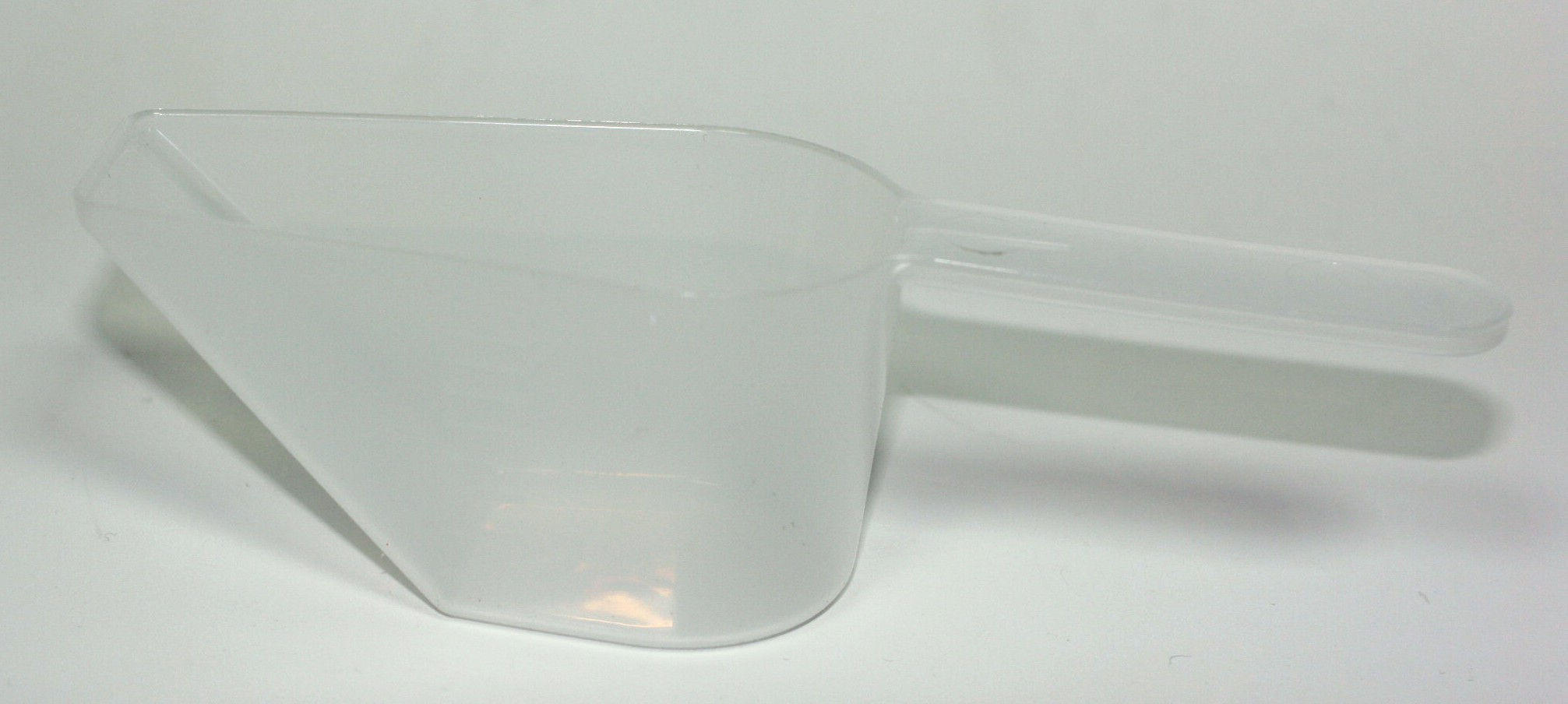 100ml MEASURING SCOOP NATURAL 10ml INCREMENTS